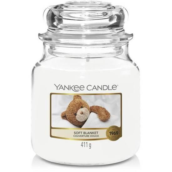 Yankee Candle średnia świeca zapachowa w szklanym słoju 14,5 oz 411 g - Soft Blanket